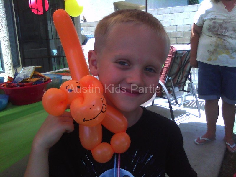 monkey balloon animal